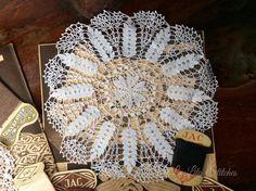 Doily crochet, La Lita Art&Craft, Bogor -Indonesia Doilies Crochet, Bogor, Hand Fan, Arts And Crafts, Crochet Doilies, Art And Craft, Art Crafts, Crafting