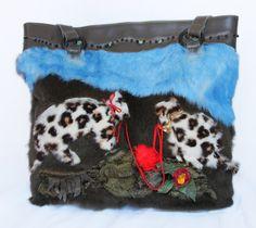 Borsa in pelliccia di lapin decorata con micetti di AtelierUnipel #italiasmartteam #etsy