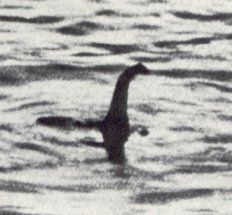 """The surgeon's photo of the """"Loch Ness Monster."""""""