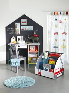 spielen im kinderzimmer b rnev relse pinterest kinderzimmer spielzimmer und dachboden. Black Bedroom Furniture Sets. Home Design Ideas