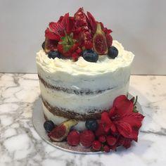 Tarta zanahoria con flores e higos. Tiramisu, Cheesecake, Ethnic Recipes, Desserts, Food, Homemade Recipe, Figs, Homemade, Pies