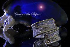 Questi monili, creati con la tecnica Wire Wrapping, hanno come elemento principale filo di metallo (placcato argento o oro) di diverso spessore, lavorato a mano, e avvolti tra loro e cosi' che nascono intrecci preziosi .....gioielli di alta bigiotteria originali ed unici nel suo genere Per qulalsiasi curiosita personalizzazione e condivisioni di queste piccole opere d 'arte seguimi sulla pagina www.facebook.com/artgennybijoux  Troverai tutte le novità delle mie creazioni