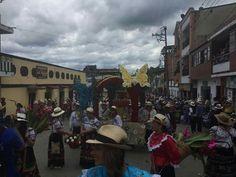 Desfile de las Flores Velez