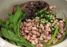 Drunken Pinto Beans w/ Smoked Ham Hock (slow cooker)