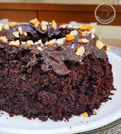 Beer Chocolate Brownies - Cooking Simplified by Rajiv Jindal Cooking Simplified by Rajiv Jindal Chocolate Mix, Chocolate Brownies, Baking Tins, Vanilla Essence, Brown Sugar, A Table, Easy Meals, Beer, Cooking