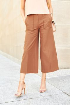 If there is one thing I have been consistent with this season, its definitely the culotte trend. And if there is one thing I have been loving this season, its soft neutral & blush tones. Now pair the two together … waysify