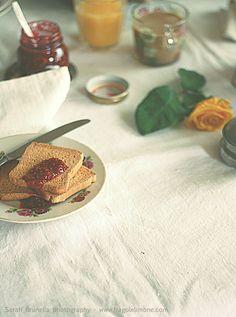Raspberries and vanilla jam - Sarah Brunella photography