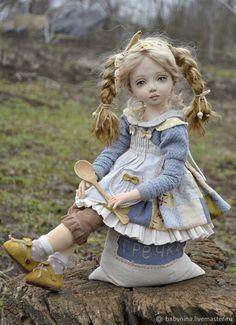 Заказать Крупеничка.Текстильная кукла в интернет-магазине на Ярмарке Мастеров. Товары ручной работы с доставкой по России и СНГ. ✓Описание, фото ✓Отзывы реальных покупателей