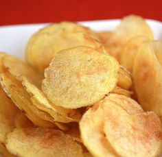 """microwave potato chips"" - Rather than having to run to the store every time you get a craving for a crispy, crunchy snack, this microwave potato chip recipe is a simple one ..."