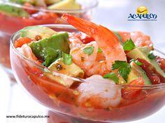 #gastronomiademexico Deleita tu paladar con los sabrosos mariscos del restaurante Bersanes en Acapulco. GASTRONOMÍA DE MÉXICO. Si eres de las personas que les gusta disfrutar de la playa mientras comes, debes visitar el restaurante Bersanes en Acapulco, ya que cuentan con platillos de mariscos frescos justo en la arena. Te invitamos a visitar la página oficial de Fidetur Acapulco, para obtener más información.