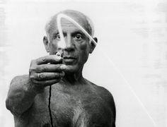 Pablo Picasso, l'artista e l'uomo. L'autore di Guernica tra pubblico e privato nel documentario di laeffe