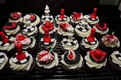 Breaking Dawn inspired cupcakes. This site has great ideas for food!