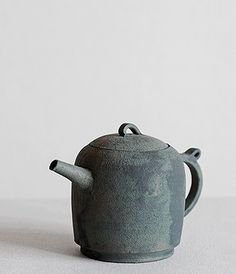 "Teapot  Artist: Takeshi Omura After graduating from the Arts & Sciences and Ceramics program at Tajimi Technical High school, Takeshi Omura studied under well known potter, Keisuke Iwata. In 2007, after several years producing his work at ""Studio MAVO"" in Tajimi, Omura returned to Fukuoka where he set up his own kiln."