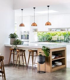 Light, bright and sunny kitchen Shot for @thebalconygarden by @hannahblackmore http://amzn.to/2keVOw4