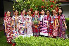 Resultado de imágenes de Google para http://www.absolut-mexico.com/wp-content/uploads/2009/01/mujeres-chinantecas.jpg