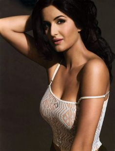 katrina kaif hot kiss