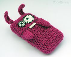 Crochet iPhone case <3
