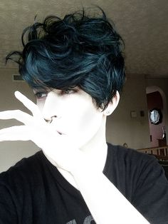 manic panic voodoo blue on unbleached hair