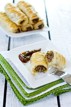 Sips and Spoonfuls: Juicy Beef Puff Pastry Rolls