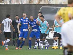 Sport Club Corinthians Paulista - Elias scores against Criciúma.