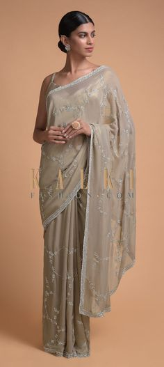 Rhino Grey Saree In Shimmer Georgette With Embroidered Floral Pattern Online - Kalki Fashion Ethnic Sarees, Indian Sarees, Indian Fashion Dresses, Indian Outfits, Hi Fashion, Fashion Design, Grey Saree, Indian Bridal Lehenga, Georgette Sarees