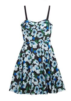 Another floral frock Taylor Swift would love!