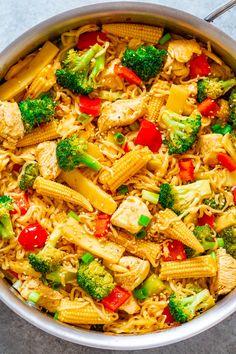Chicken, Vegetable, and Ramen Noodle Stir Fry - Don't call for takeout. - Chicken, Vegetable, and Ramen Noodle Stir Fry – Don't call for takeout when you can m - Ramen Recipes, Stir Fry Recipes, Asian Recipes, Chicken Recipes, Healthy Recipes, Recipe Chicken, Healthy Ramen, Pizza Recipes, Delicious Recipes