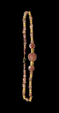 WESTERN ASIATIC LATE ACHAEMENID GOLD AND CARNELIAN NECKLACE 4th century BC