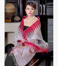 A beautiful Manipuri girl in a cultural attire. Dress Fashion, Fashion Clothes, Fashion Outfits, Wrap Around Skirt, Common People, India People, Elegant Saree, Cultural Diversity, Aunts
