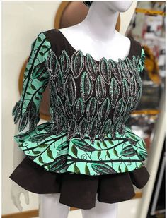 African Lace Dresses, Latest African Fashion Dresses, African Print Fashion, African Attire, African Wear, African Print Dress Designs, Ankara Styles For Women, African Blouses, Blouse Styles