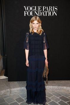 Pin for Later: Le Gala Organisé Par Vogue Était un Défilé de Mode à Lui Tout Seul Clémence Poesy