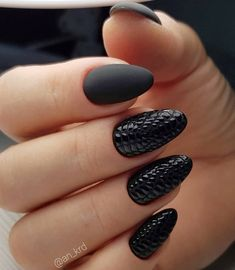 Favorite Black Nail Art Designs to Look Perfect This Spring Summer New Nail Designs, Black Nail Designs, Acrylic Nail Designs, Acrylic Nails, Glam Nails, Beauty Nails, Cute Nails, Sexy Nails, Milky Nails