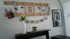 Floating Shelves, Home Decor, Frames, Pictures, Decoration Home, Room Decor, Wall Shelves, Home Interior Design, Home Decoration