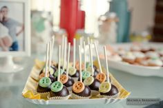 Cake Pops - Baby Shower @Lacey Willis Couture Milano Luxury weddings and events in Italy
