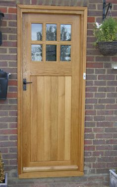 Finally found a UK company that does my favourite style of door. Was tooling for craftsman style but according to good old Wikipedia craftsman style was started in the uk as the arts and crafts movement. Search for arts and crafts front door and lo and behold - beautiful doors located!!