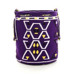 Wayuu Bag Wayuu Mochila Handmade Authentic by ColombianMadeShop Tapestry Bag, Tapestry Crochet, Crochet Handbags, Crochet Bags, Tribal Patterns, Crochet Patterns, Mochila Crochet, Knitting Accessories, Purses And Bags