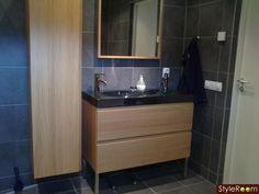 Loft Bathroom, Modern Bathroom, Ikea Must Haves, Narrow Cabinet, Bathroom Images, Shower Remodel, Shower Tub, Powder Room, Interior Styling
