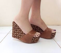 TABANAN Wedges in Batik Classic Kawung Patern by PRibuMI...® Shoes Sandals, Heels, Heeled Mules, Ethnic, Wedges, Asian, Inspired, Classic, Fabric