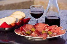 Dieta: adelgazar con jamón ibérico y vino tinto