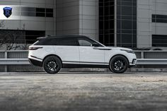 Take a look at the White Range Rover Velar Rocking Gloss Black Rohana Wheels photos and go back to customizing your vehicle with renewed passion. Range Rover Evoque, Range Rover Sport, Range Rovers, Range Rover White, Land Rover Car, Range Rover Supercharged, Black Wheels, Land Rover Discovery, Future Car