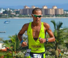 Santiago Ascenço e Igor Amorelli são os primeiros brasileiros na elite classificados para o Mundial de Ironman 70.3  http://www.mundotri.com.br/2013/07/santiago-ascenco-e-igor-amorelli-sao-os-primeiros-brasileiros-na-elite-classificados-para-o-mundial-de-ironman-70-3/