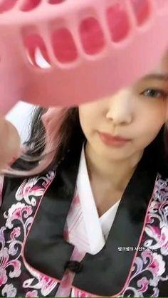 Black Pink Songs, Black Pink Kpop, Blackpink Jennie, Kpop Girl Groups, Korean Girl Groups, Simbolos Para Nicks, Kpop Gifs, Kpop Girl Bands, Black Pink Dance Practice