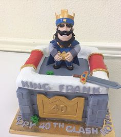 Bolo Clash Royale, Video Game Cakes, Royal Cakes, Free Gems, Mobile Video, Clash Of Clans, Gum Paste, Happy Birthday, Birthday Cakes