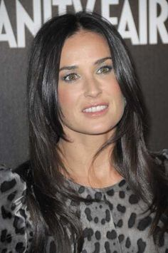 Demi Moores long layered hairstyle