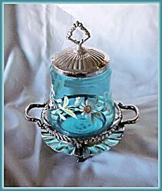 This is a cute American Victorian silverplated pickle castor. The enameled blue insert is in excellent condition with no chips or cracks. Antique Glassware, Vintage Kitchenware, Pickle Jars, Decorated Jars, Cream And Sugar, Pots, American Quotes, American Symbols, American Indians