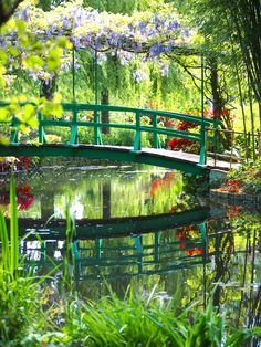 Monet's Garden, Giverny - France Claude Monet, Monet Garden Giverny, Giverny France, Monet Paintings, Parks, Dream Garden, Garden Bridge, Garden Pond, Herb Garden