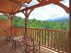 Pigeon Forge Cabin - Majestic Manor - 3 Bedroom - Sleeps 10 - Swimming Pool Access - Home Theater