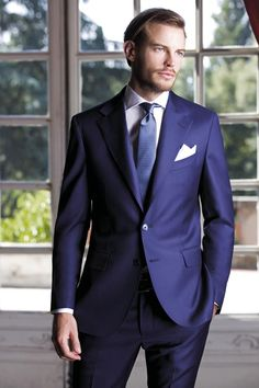 Sartoria Rossi collection winter 2012/2013 I know that the shorter coat length is the current style, but I don't like it. It looks like you ran it through the dryer.