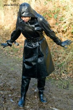 Oh look slave I have mud on my boots, job for you later to clean and polish them