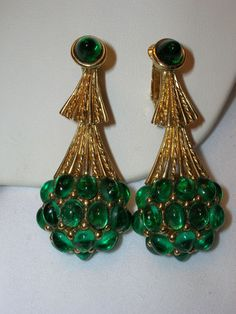 GORGEOUS VINTAGE BOUCHER EMERALD CABOCHON DROP EARRINGS sold for $ 92